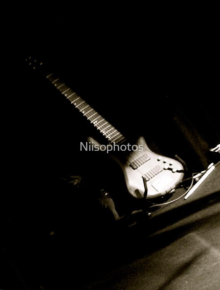shadow  gtar by Niisophotos