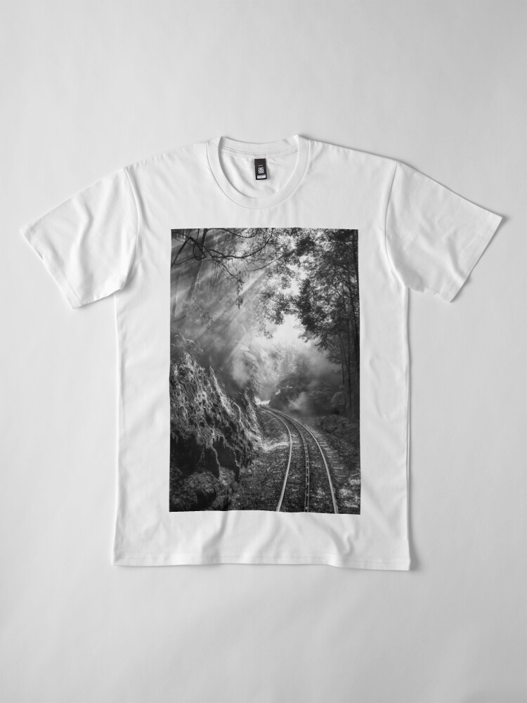Alternate view of On track Premium T-Shirt