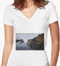 Giant's causeway Women's Fitted V-Neck T-Shirt
