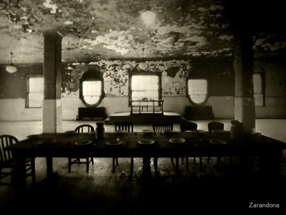 Set Dinner by Zarandona