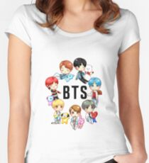 BTS DNA X BT21 Tailliertes Rundhals-Shirt