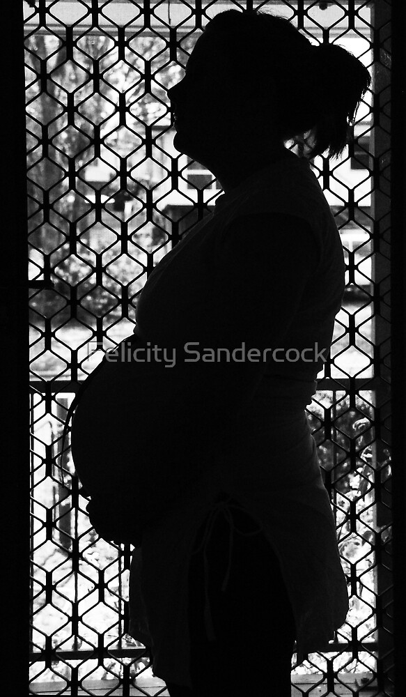 baby belly by Felicity Sandercock