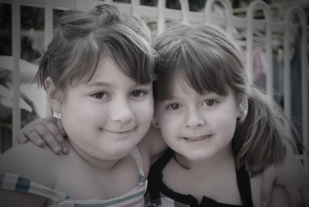 Chloe and Taylor by xeba