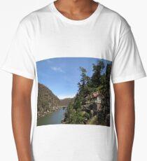 Launceston Gorge Long T-Shirt