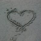 Heart in sand by NicPW