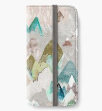 Call of the Mountains (in misty)  iPhone Wallet/Case/Skin