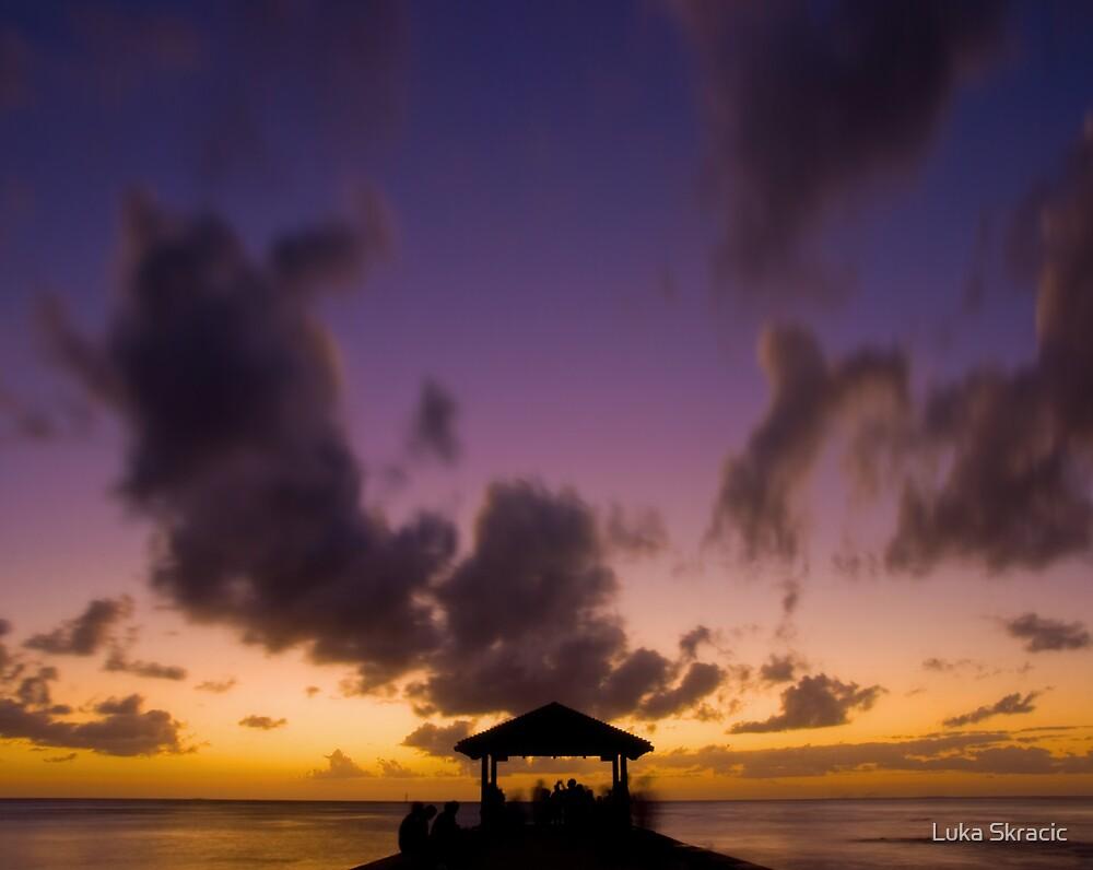 Waikiki, Honolulu by Luka Skracic