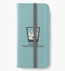 The Big Lebowski - White Russian - Careful Man, There's a Beverage Here! iPhone Wallet/Case/Skin