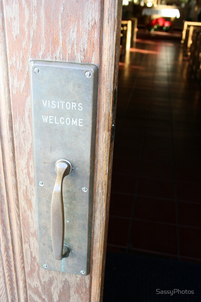 Visitors welcome by SassyPhotos