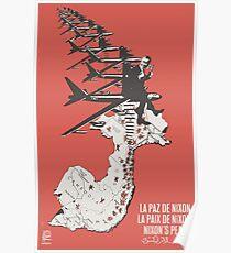 """""""Nixons Frieden"""" / """"La Paz de Nixon"""" OSPAAAL, 1972 Poster"""