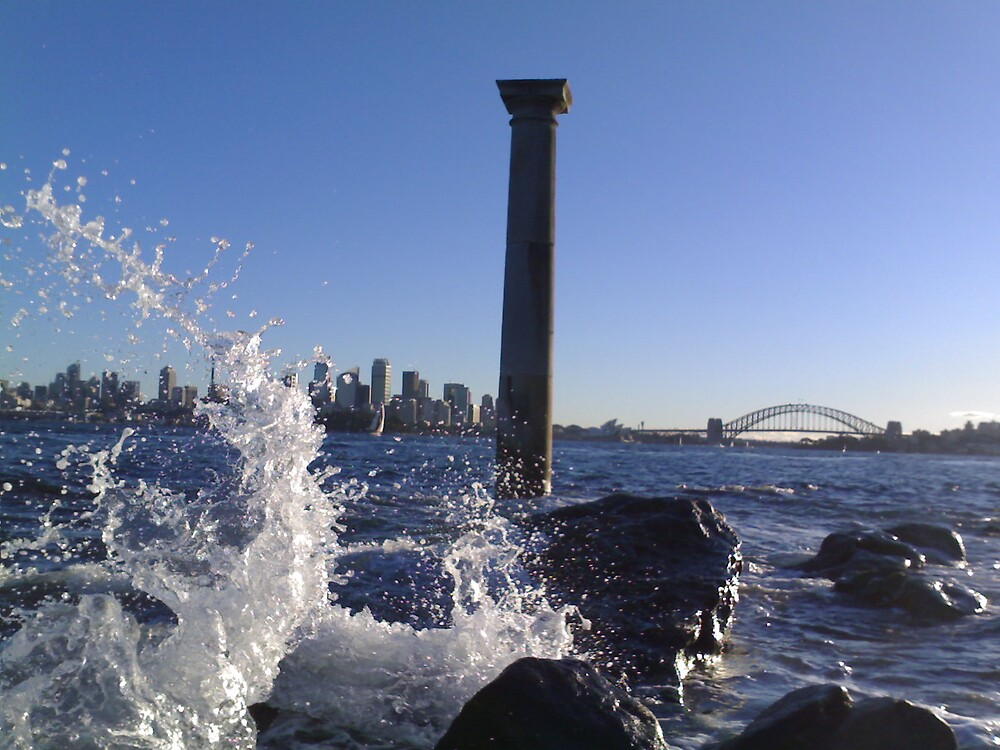 Little Sydney Harbour Wave by SeeingTime