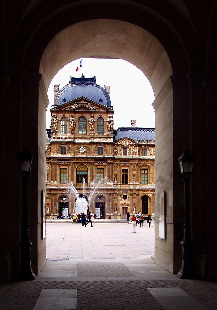 Arch to the Louvre... by AnnetteW