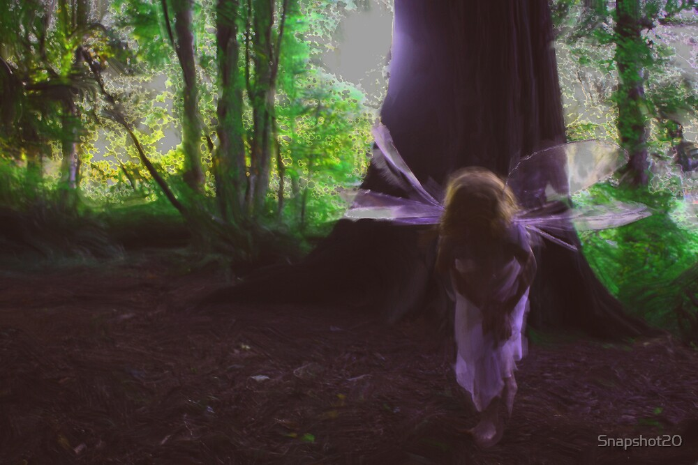 Curious Faerie by Snapshot20