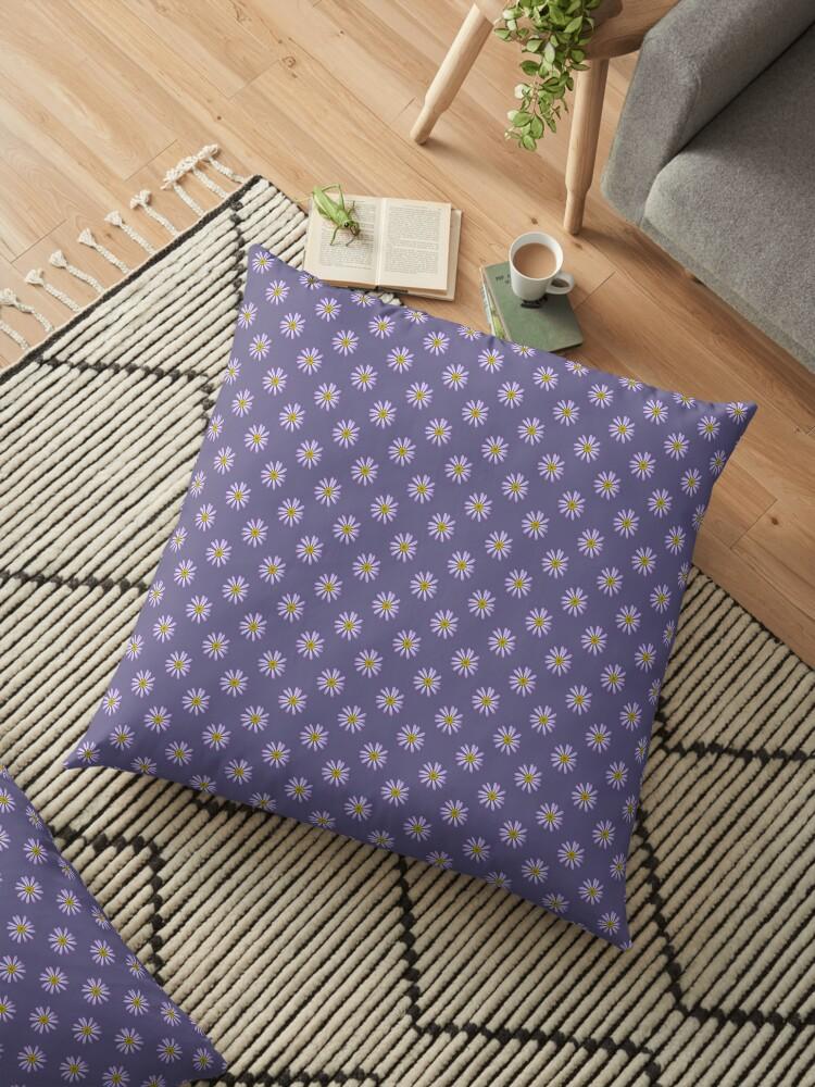 Purple Daisy by STHogan