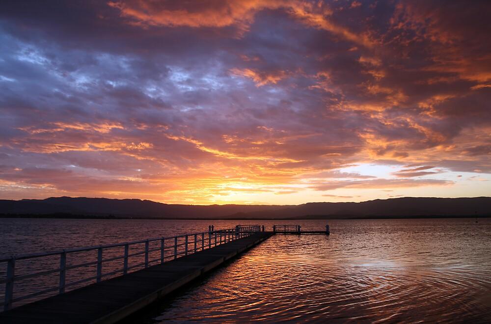 Lake Illawarra  by ozthunder