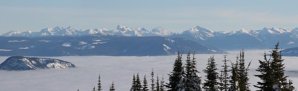 Monashee Mountain Range  by SpringLupin