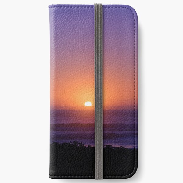 Sunset love iPhone Wallet