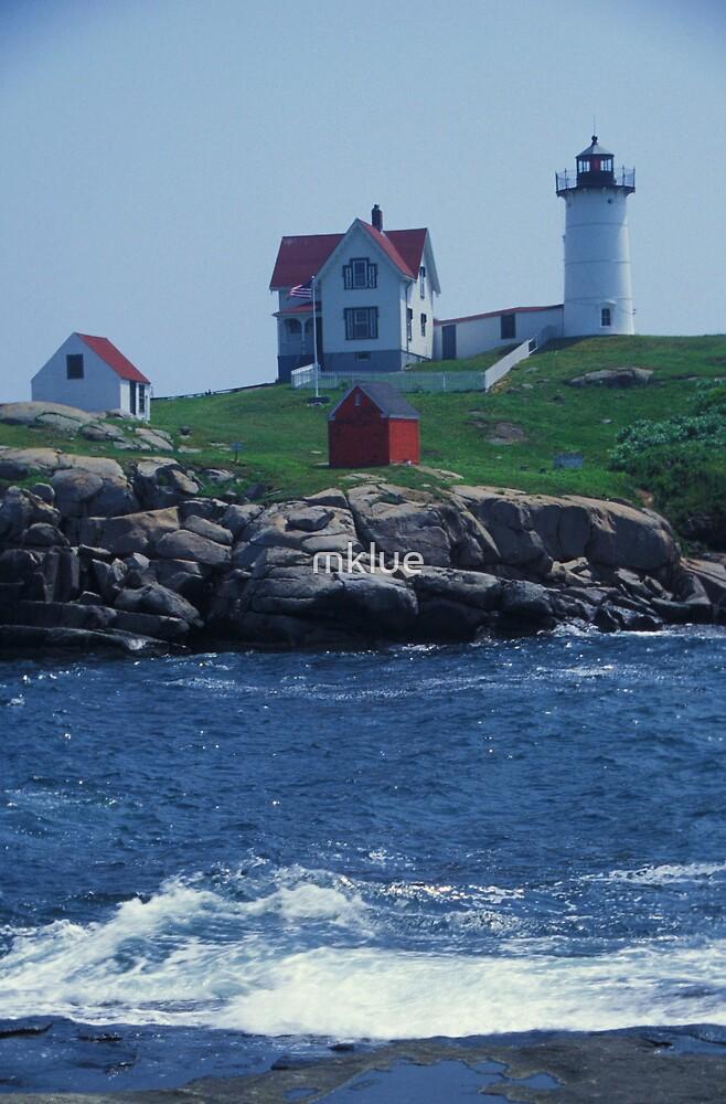 Nubble Light, Maine by mklue