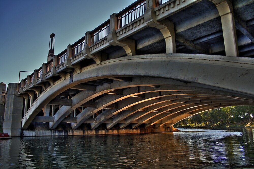 king william bridge hdr by Cale Bowick