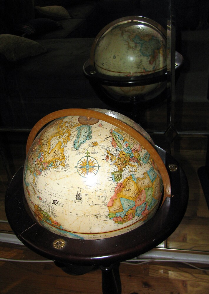 Planet Earth by deegarra