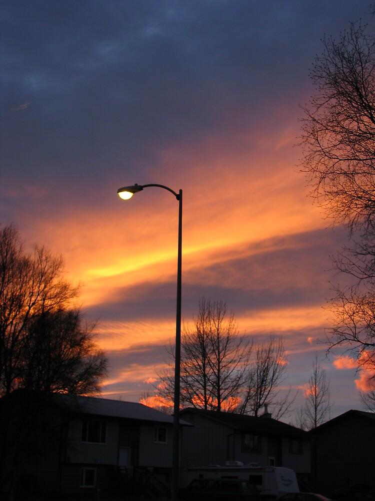 Orange Line across they sky by lilestduncan