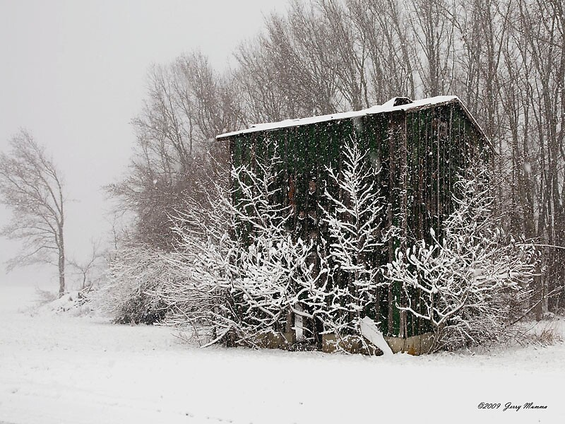 Tobacco Country in Winter by Jerry  Mumma