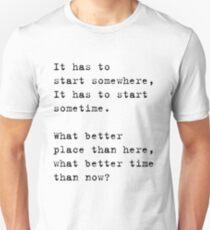 Camiseta ajustada tiene que empezar en algún lado