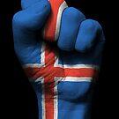 Flagge von Island auf einer angehobenen geballten Faust von jeff bartels