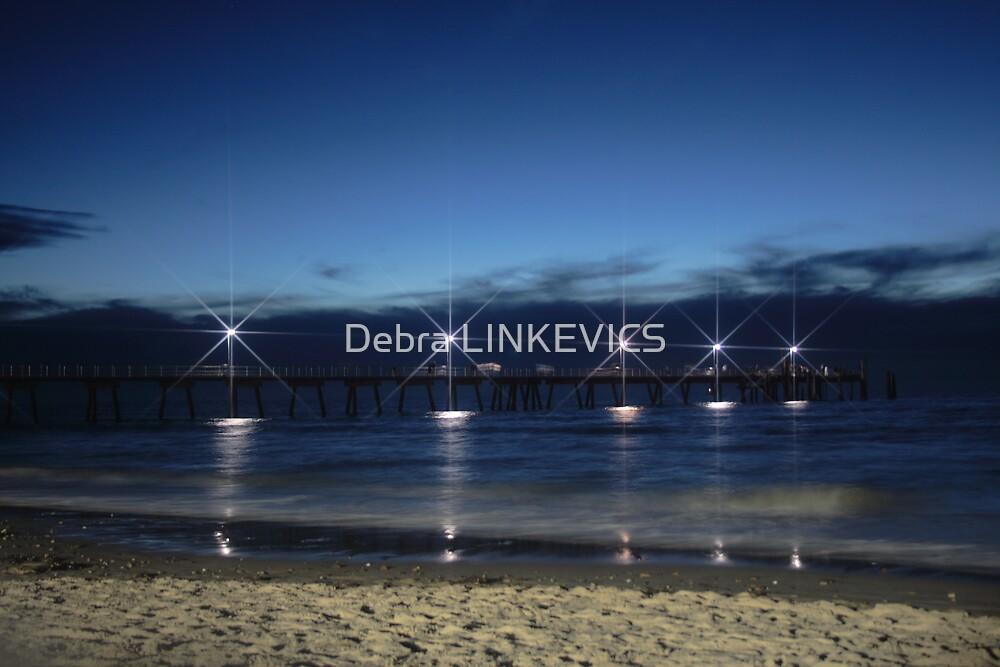 ~Glenelg~ by Debra LINKEVICS