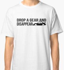 """Camiseta clásica """"Suelta un engranaje y desaparece"""" - Subaru WRX STI"""