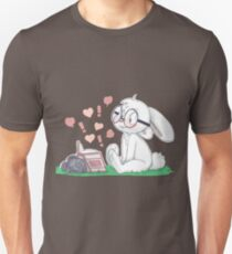 Dirty Bunny - Hearts and Exclamation Marks T-Shirt