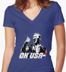 OK, USA! Tailliertes T-Shirt mit V-Ausschnitt