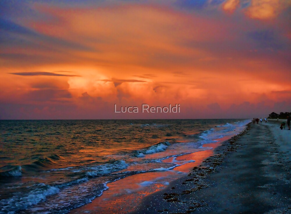 sunrise on the beach by Luca Renoldi