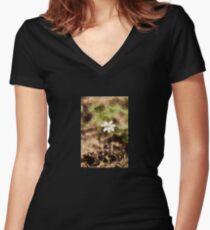 Endgraving Forest 14 Women's Fitted V-Neck T-Shirt