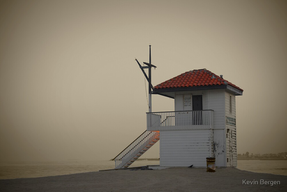 Lifeguard Shack by Kevin Bergen