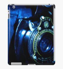 Capturing Yesteryear Vintage photography artwork antique kodak camera photo iPad Case/Skin