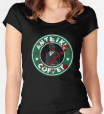 Camiseta entallada de cuello redondo Café Anteiku