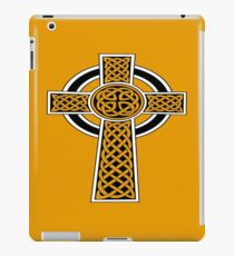 St Patrick's Day Celtic Cross Black and White iPad Case/Skin