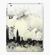 Philadelphia skyline balck and white. iPad Case/Skin