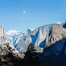 Yosemite Tunnel View and the Moon by Hotaik  Sung
