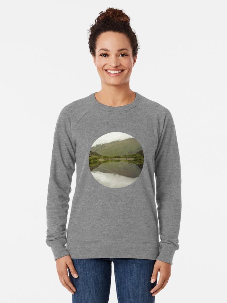 Alternative Ansicht von Reflexionen von Diamond Lake Leichter Pullover