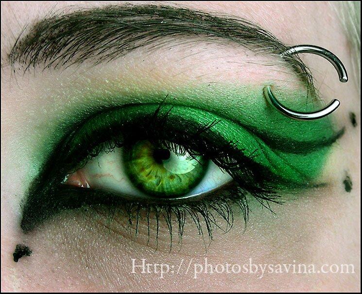 Toxic Make-up by Savina