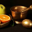 golden egg by dagmar luhring