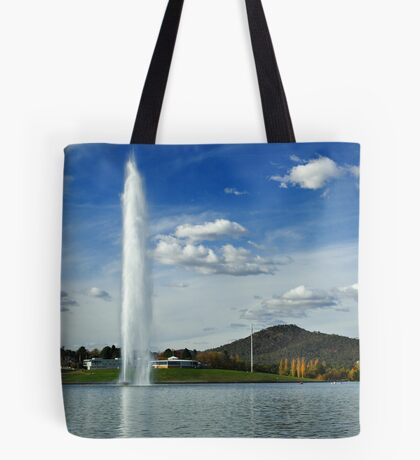 Captain Cook Memorial Water Jet Tote Bag