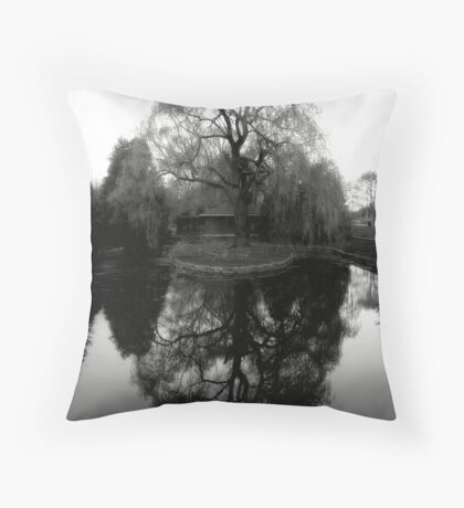 Reflecting Willow Black&White Throw Pillow