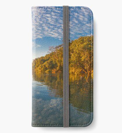 Paddlingboarding Moreton Bay iPhone Wallet
