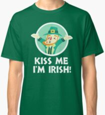 Funny Leprechaun Kiss Me I'm Irish Saint Patrick's Day 2018 Classic T-Shirt