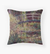 Water Lily Pond-Claude Monet Throw Pillow