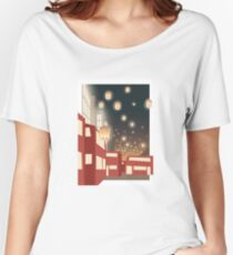 London Lantern Women's Relaxed Fit T-Shirt