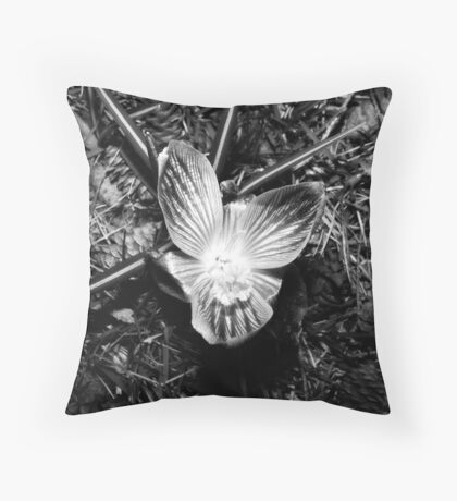 Opening Flower Black&White Throw Pillow